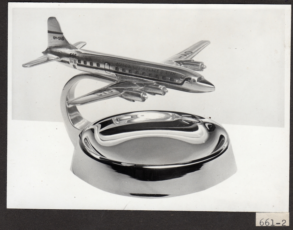 SAS DC-6 ashtray